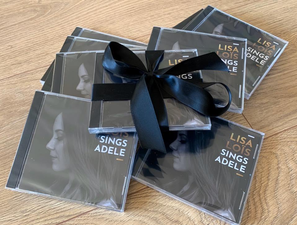 Stapel EP's Lisa Loïs sings Adele