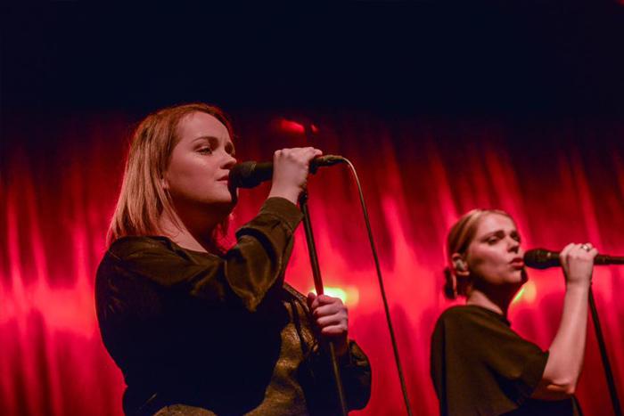 Backing vocals bij Lisa Loïs sings Adele ©Lennen Oldenbeuving