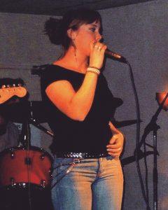 Lisa met bandje 17 jaar
